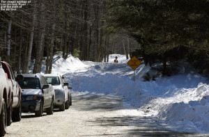 An image of Lincoln Gap Road in Vermont at the winter closure area where the snow starts