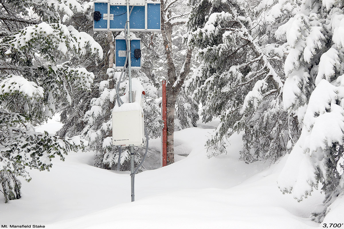 An image showing the Mt. Mansfield snow stake area during a May snowstorm near Stowe Mountain Resort in Vermont