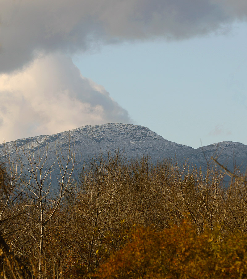An image of the Mt. Mansfield Chin in Vermont with some early season October snow